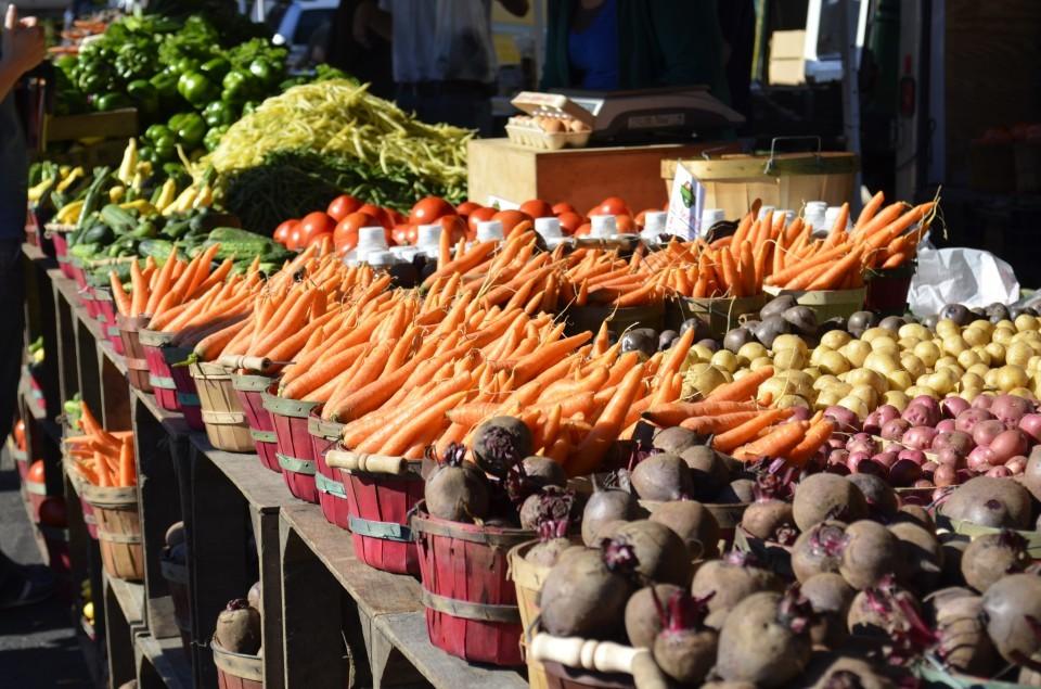 farmers-market-part-1-960x635